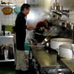 レストランで料理に文句を言うならまだしも、厨房まで入ってきたら、それはただの輩ですよ。文章でも同じです